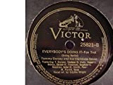 Tommy Dorsey & His Clambake Seven Very Nice Original 10 Inch 78 rpm & Victor Stock Sleeve - When The Midnight Choo-Choo Leaves For Alabam' / Everybody's Doing It - Victor Records 25821 - 1938