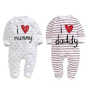 """AOMOMO, 2 tutine per neonati, unisex, chiuse ai piedi, con scritte in lingua inglese """"I Love Mummy"""" e """"I Love Daddy"""" 9"""