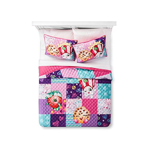 7 Piece Quilt Set Queen Size Quilt, 2 shams & 4 Piece Queen Sheet Set Shopkins