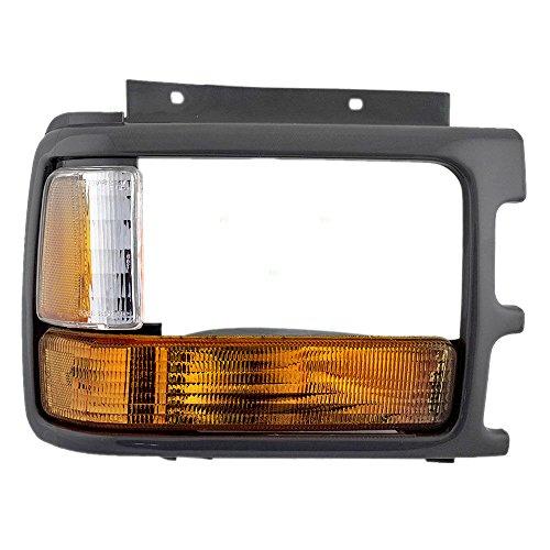 OE Replacement Dodge Dakota Passenger Side Headlight Door (Partslink Number CH2513110)