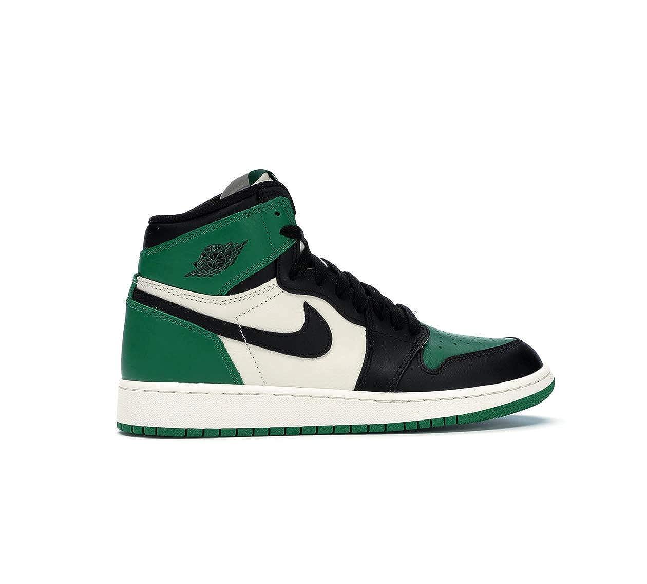 06f9ee2da191a7 Amazon.com  NIKE Air Jordan I 1 Pine Green GS BG 575441-302 SU Size 4.5Y   Shoes