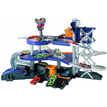 Mattel Hot Wheels Mega Garage Playset - Mattel V3260