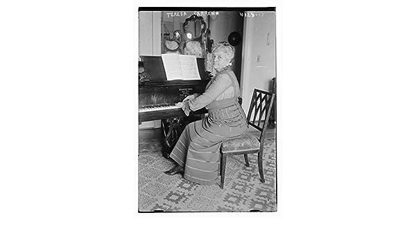 Teresa Carreno de fotos de 1915 de los venezolanos pianista y Tacho María Teresa Carreño García de Sena (1853 - 1917). (fuente: Flickr Commons proyecto, ...