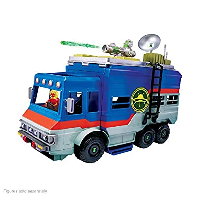 Ben 10 Rustbucket Deluxe Vehicle Transforming Playset by Playmates - Toys