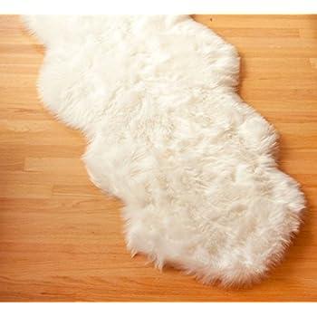 UltraPlush Faux Sheepskin Rug   Premium Quality Faux Fur Area Rug 2ft X 6ft    White
