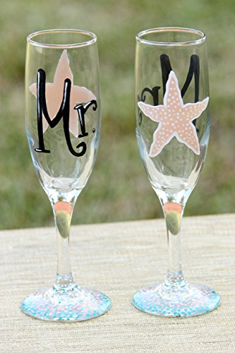 Mr. and Mrs. Champagne Glasses / Hand Painted Starfish Champagne Flutes for Bride and (Starfish Champagne)