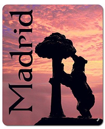 1art1 Madrid - Estatua del Oso Y El Madroño En Rojo ...