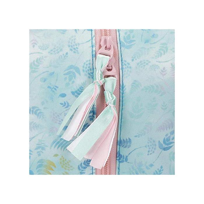 51ifzG1%2BuhL Mochila de 25 cm x 32 cm x 12 cm fabricada en poliéster Bolsillo lateral y bolsillo frontal para guardar la botellita de agua, pequeños accesorios y el almuerzo Tirantes anchos y ajustables que se adaptan perfectamente a la espalda