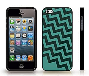 iStar Cases? iPhone 4 Case with Chevron Pattern Light Turquoise/ Tiber Green , Snap-on Cover, Hard Carrying Case (Black)