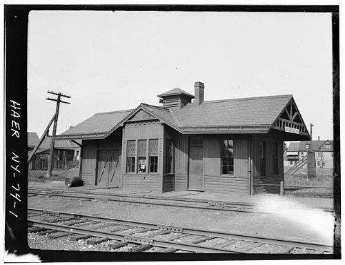 Photo: Erie Railway,Walden Avenue Station,Walden Avenue,Buffalo,Erie - Buffalo Walden