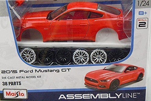 Maisto 39126 Ford Mustang GT 2015 in scala 1:24 Die-Cast metal model kit