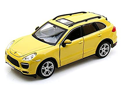 Bburago Porsche Cayenne Turbo 1/24 Yellow