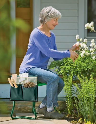 Gardeners Supply Company Wide Seat Kneeler product image