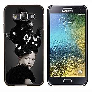 Eason Shop / Premium SLIM PC / Aliminium Casa Carcasa Funda Case Bandera Cover - White Brunette Crazy Hair - For Samsung Galaxy E5 E500