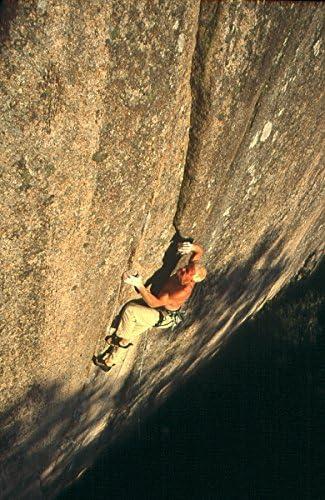 Un hombre Escalada en el Rock en Bohuslan, Suecia: Amazon ...