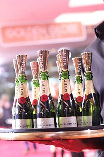 - Moet Chandon Flute Mini Sippers