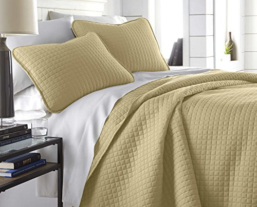 Southshore Fine Linens - Vilano Springs Oversized 3 Piece Quilt Set, Full/Queen, Gold - Gold Bed Linens