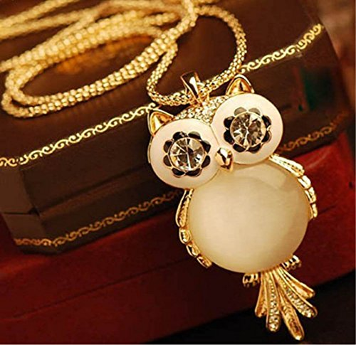 Jovana Retro Pendant Design Necklace product image