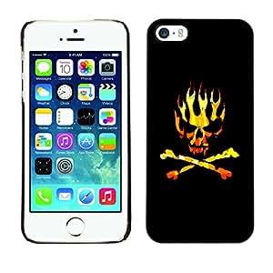 iBinBang / Funda Carcasa Cover Skin Case - Oro Negro Llamas bandera pirata del cráneo - Apple iPhone 5 / 5S