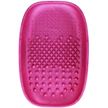 Real Techniques Heat Resistant Brush Cleansing Palette, for Removing Makeup, Oil, and Impurities from Brush Bristles for a Truer, More Consistent Color Application