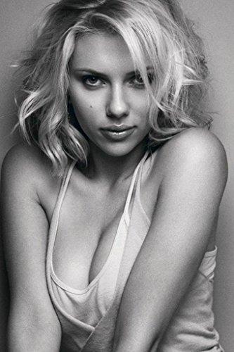 (Scarlett Johansson Nice Silk Fabric Cloth Wall Poster Print (36x24inch))