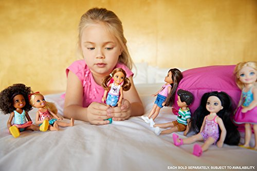 Review Barbie Club Chelsea Snack Time Doll