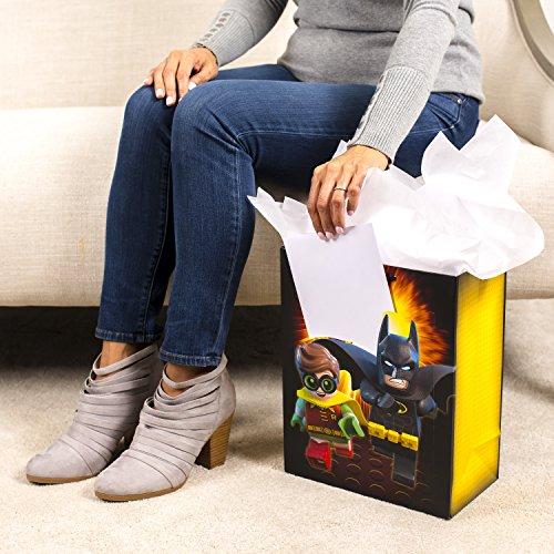 Hallmark 13″ Large Batman Gift Bag with Birthday Card and Tissue Paper (Lego Batman)
