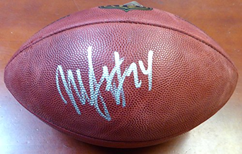 Football Marshawn Lynch Autographed - Marshawn Lynch Autographed Leather Football Seattle Seahawks ML Holo Stock #106232
