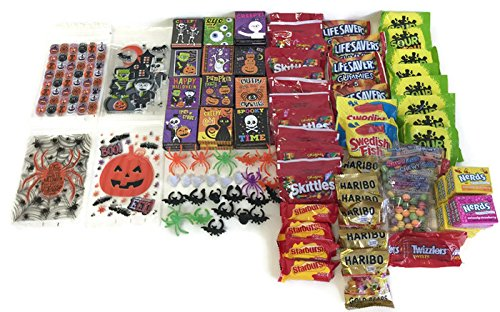 Halloween Party Gift Bags With Prizes and Treats Bundle for 25 (Halloween Treats For Classrooms To Make)
