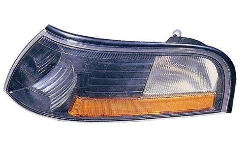 Mercury Side Marker (MERCURY MARAUDER SIDE MARKER LIGHT LEFT (DRIVER SIDE) 2003-2006)