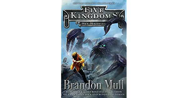 Amazon.com: Sky Raiders (1) (Five Kingdoms) (0884238477908 ...