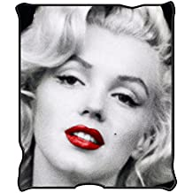 Silver Buffalo MR1621 Marilyn Monroe Red Lips Fleece Throw Blanket, 50 x 60 inches