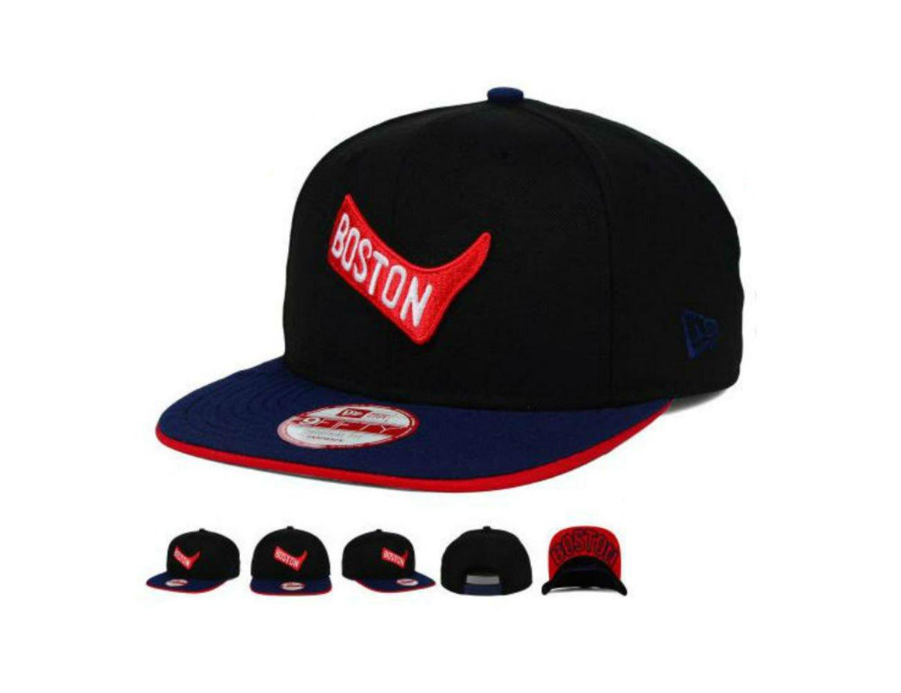 Amazon.com   New Era Boston Red Sox Snapback Adjustable Vintage Logo Hat  Cap Black   Navy   Sports   Outdoors 073b969f91e
