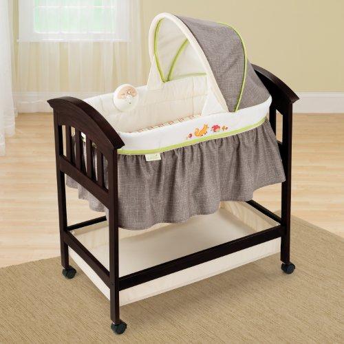 Summer Infant Classic Comfort Wood Bassinet Fox And