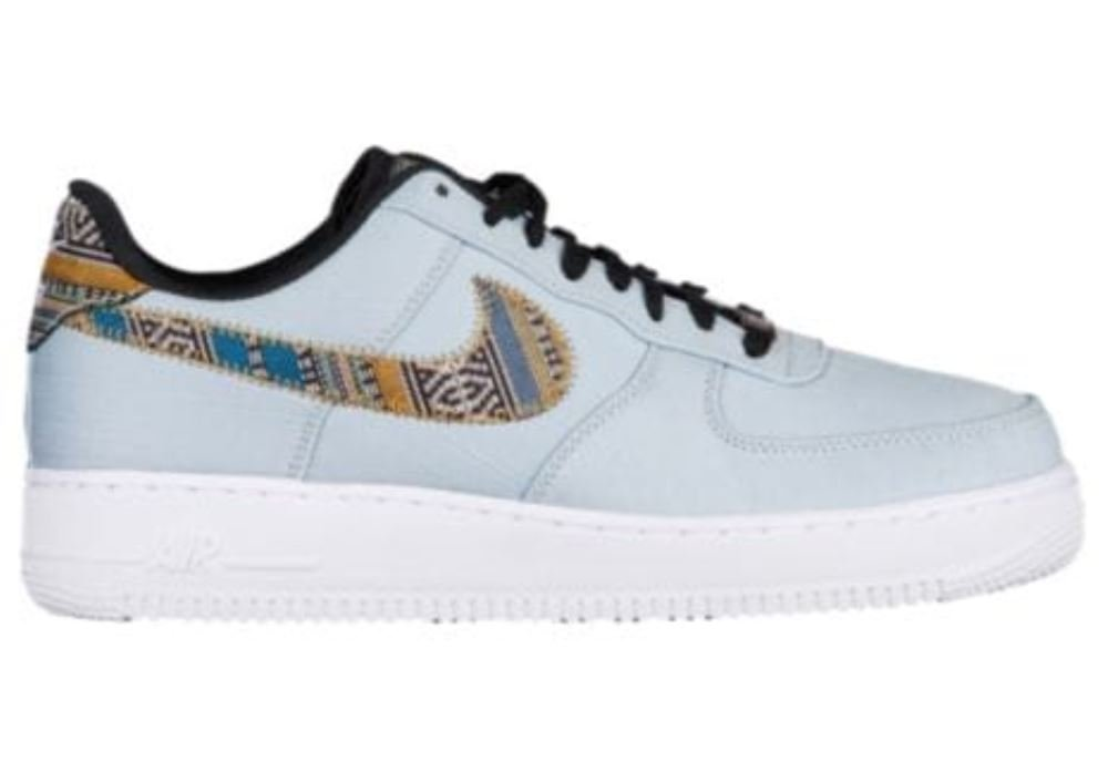 low priced 38673 92a13 Amazon.com  Nike Men s Air Force 1  07 LV8 Fashion Shoes Light Armory Blue  White Black (11.5)  Sports   Outdoors