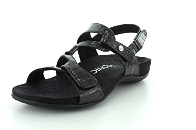 e32a2632e96b Amazon.com  Vionic Women s Rest Paros Backstrap Sandal  Shoes