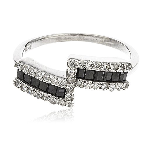 (Ladies Sterling Silver Modern Double Bar Band with Black Baguette Cubic Zirconia Stones (7) (I-2364-7))