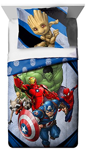 Marvel's Avengers 'Fight Club' 2 Piece Twin/Full Comforter and Sham Set, Kid's Bedding (Cheap Prices Sets Comforter)