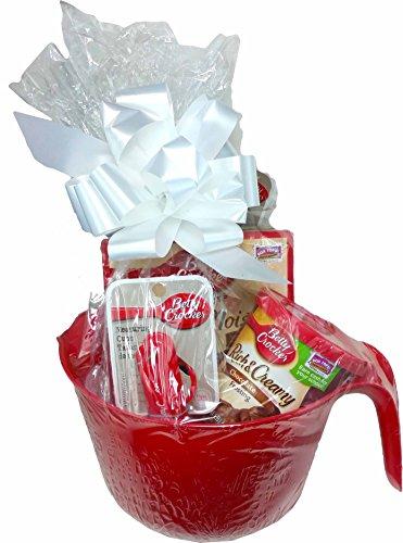 Betty Crocker Baking Lovers Delight Dessert Basket ~ Includes Betty Crocker Dessert, Frosting and Utensils (Devils Food Cake)