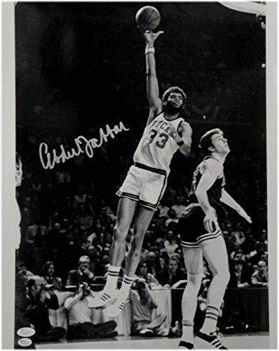 Kareem Abdul Jabbar Hand Signed Autographed 16X20 Photo Bucks Sky Hook OA JSA