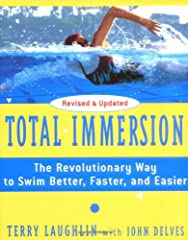 Swim better—and enjoy every lap—with Total Immersion, a guide to improving your swimming from an expert with more than thirty years of experience in the water.Terry Laughlin, the world's #1 authority on swimming success, has made his unique a...