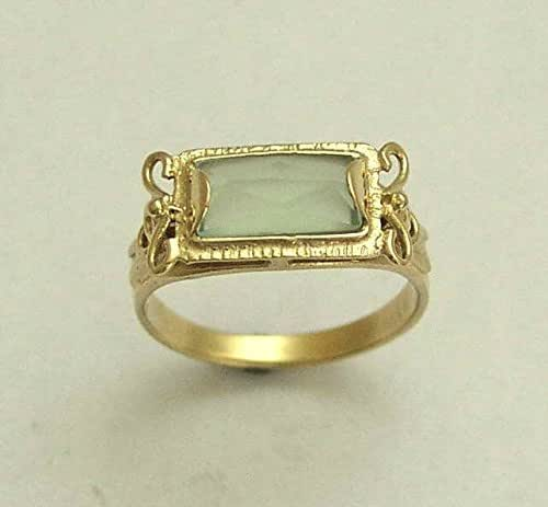 14k yellow gold and green jade rectangle. Black Bedroom Furniture Sets. Home Design Ideas
