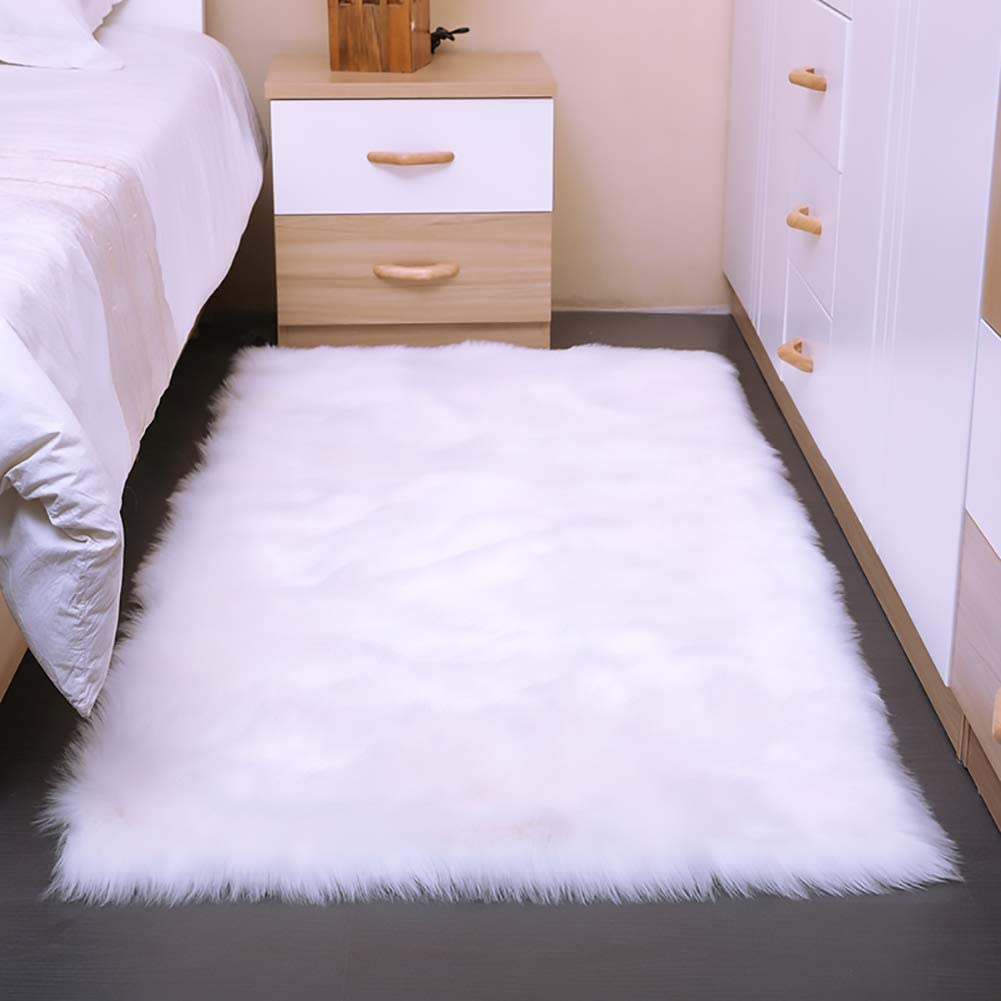 AND BEYOND INC Faux Fur Sheepskin Area Rugs Fluffy Wool Carpet for Girls Room Bedroom Living Room Home Decor Rug (3ft x 5ft Rectangle, White)