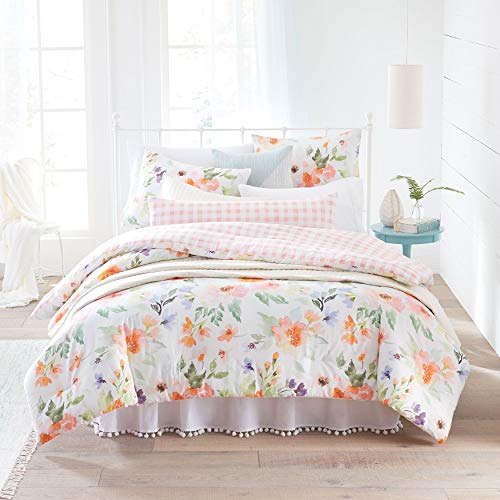 BrylaneHome Lily Watercolor Floral Comforter
