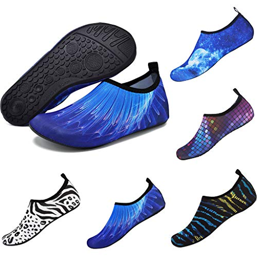 Water Sports Shoes Barefoot Quick-Dry Aqua Yoga Socks Slip-on for Men Women Outdoor Beach Swimming Barefoot Shoes Surfing Pool Exercise ()
