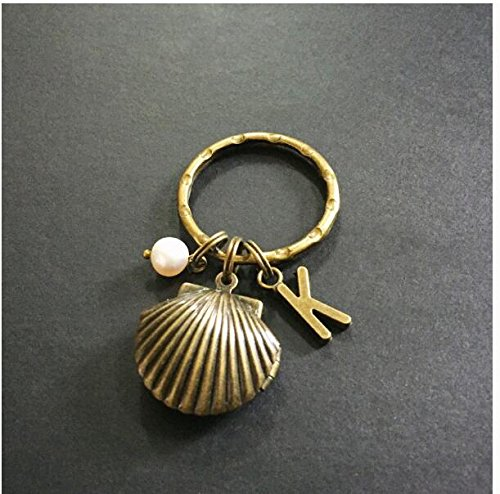 Initial Shell Locket with Pearl Keychain, Brass Keyring, Shell Jewelry, Locket keychain, Sea Shell Keychain, Beach Wedding, Ocean Lover Gift