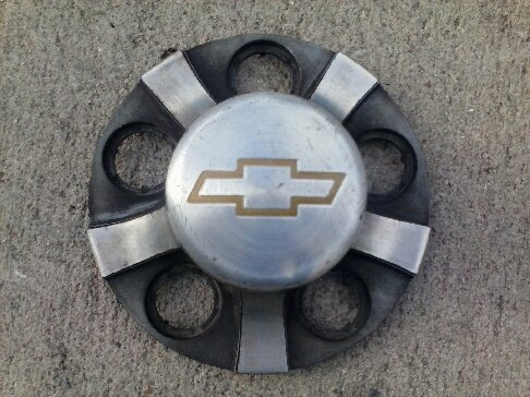 OEM CHEVY S10 BLAZER 1998-2004 WHEEL CENTER CAP HUBCAP 15731941