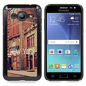 """Qstar Arte & diseño plástico duro Fundas Cover Cubre Hard Case Cover para Samsung Galaxy J2 / J200 (Edificios de Nueva York Street Texto Ciudad Vintage"""")"""