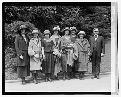 - Vintography Reproduced 16 x 20 Photo of: Wallace & Canary Club Girls, 5/18/23 1923 National Photo Company