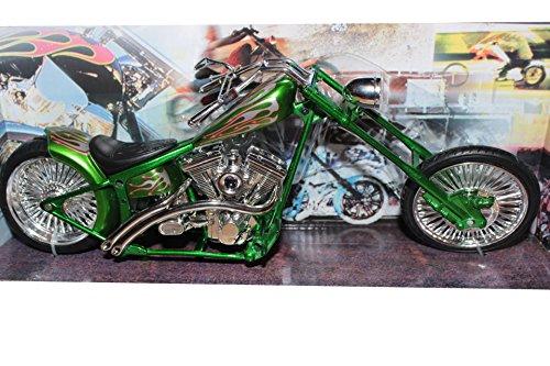 Custom Green Chopper, 1:12 scale Plastic Model Motorcycle, die-cast